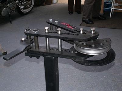 MoJo Motorbikes - replica chrome-moly frames and accessories